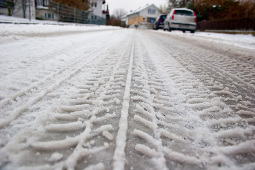 winter roads covered with salt - protect your vehicle